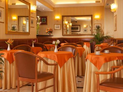 hotel-piemonte-rome-common-areas-11