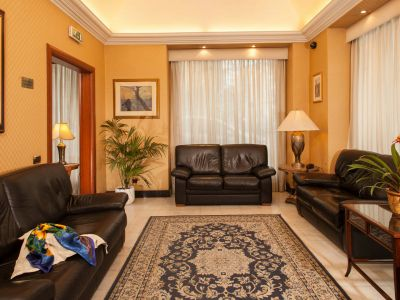 hotel-piemonte-rome-common-areas-17